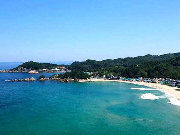 no1-bathing-beach-12.jpg